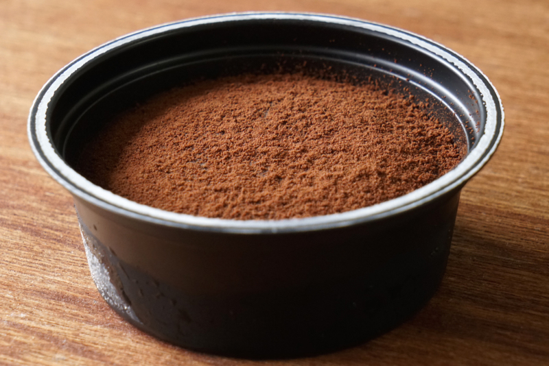 森永製菓スプーンで食べる生チョコアイス