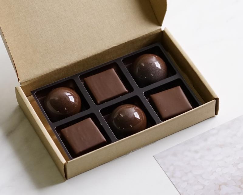 お酒のチョコレート