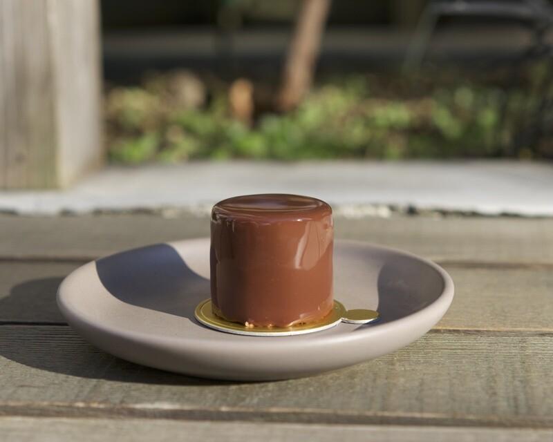 ダンデライオンチョコレートのクリスマスケーキ
